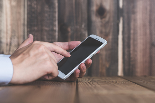 浮気に便利なアプリ|スマホにこんなアプリが入っていたら要注意!